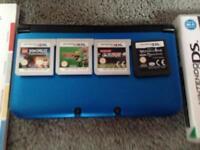 3DS XL BLUE+BLACK + Games inc Zelda