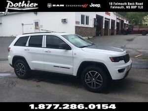 2017 Jeep Grand Cherokee Trailhawk   LEATHER   SUNROOF   REAR CA
