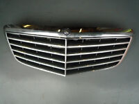 MERCEDES E220 D CHROME FRONT GRILLE FROM 2007 FACELIFT MODEL W211