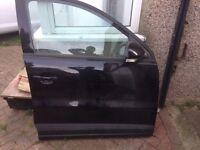 VOLKSWAGEN TIGUAN O/S DRIVER SIDE FRONT GENUINE COMPLETE DOOR BLACK
