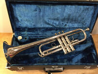 Professional Yamaha C trumpet YTR-741, in silver. Beautiful sound. Schilke design.