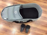 Bugaboo bee3 carrycot to seat with Bassinet Base and Carrycot, mint condition as new
