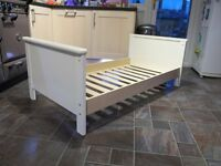 Toddler bed (Murano)