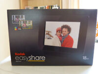 Kodak EasyShare P76 7 inch High Resolution Digital Photo Frame. NEW.