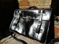 Leather satchel/briefcase with strap