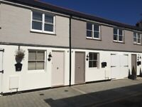 *AVAILABLE NOW* SB Lets are delighted to offer a luxury, new modern 3 bedroom mews house