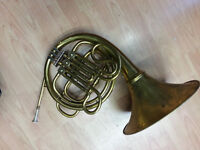FRENCH HORN, WITH DETACHABLE BELL