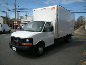 2015 GMC Savana 16' Gas Cube Van 2 Passenger