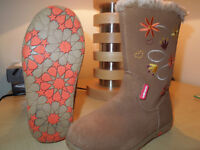 Girls Walkmates Fur Lined Boots