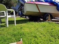 Evinrude 90 v4 outboard for speedboat