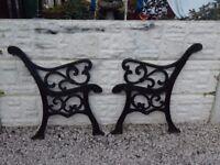 Cast iron bench ends / garden bench / garden furniture / patio furniture / vintage garden / outdoor
