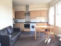 SHMP AGENTS OFFER VERY NICE TWO BEDROOM FLAT NEAR LEYTON MIDLAND STATION AT E10