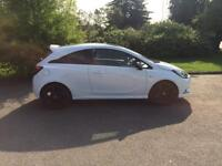 2015 Vauxhall Corsa 1.4 white limited edition 12 month MOT