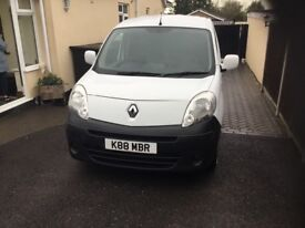Clean tidy van few age related marks recent service new brakes and front tyres