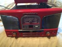 Turntable, CD & Radio Player with Speakers