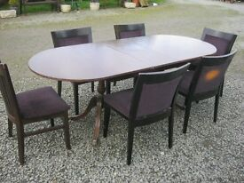 *BARGAIN* EXTENDING OVAL TABLE & 6 UPHOLSTERED CHAIRS. VIEWING/DELIVERY AVAILABLE