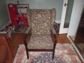 Cintique armchair.