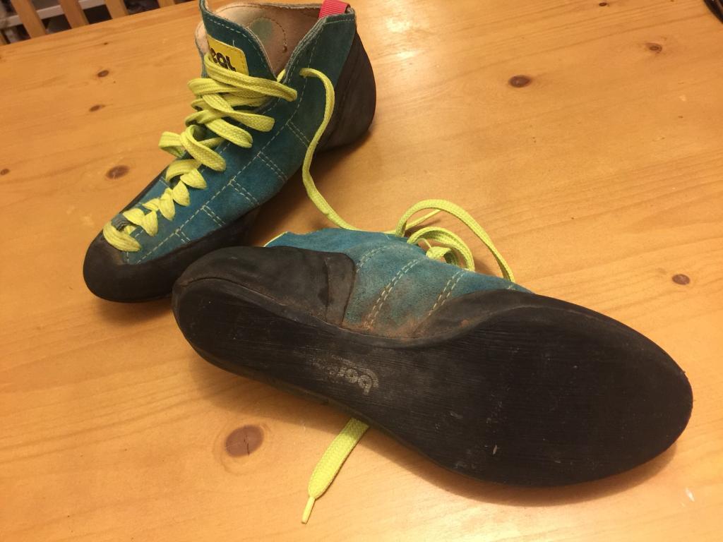 Boreal climbing shoes UK 4.5 EUR 36.5 USED