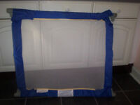 Folding Mesh Safety Gate, snaps into place