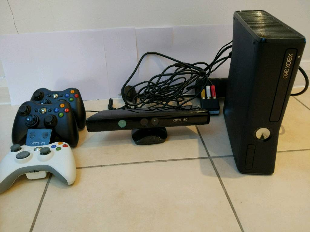 Xbox 360 E cosole Bundle, Pre-owned, not boxed