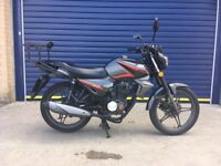 2016 KEEWAY RK 125cc MOTORBIKE , GREAT CONDITION , LOW MILES , HPI CLEAR & 1 OWNER FROM NEW