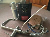 Vapos 3 in 1 tap , complete with tap, tank, Purity 4 filter kit, instruction manual.