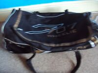 GUNN AND MOORE CRICKET SPORTS HOLDALL