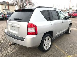 2010 Jeep Compass NO ACCIDENT - SAFETY & E-TESTED Cambridge Kitchener Area image 4