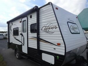 2017 Coachmen Clipper Ultra-Lite 17FQ