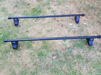 Thule roof bars for Renault Scenic