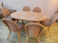 6/8 Seater Extending Wooden Conservatory Table and 6 Chairs.