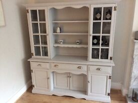 Fantastic dresser. high quality construction. Contents not included! Collection only from Wilmslow