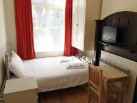 Budget accommodation for a perfect holiday in London - Willesden Green- 2 zone (#ST1)