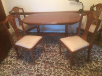 Large Extending Dining Table and 4 Chairs, Mahogany Effect, in Excellent Condition