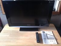 Panasonic Viera 32 Inch LCD Flatscreen TV With Remote And Instructions