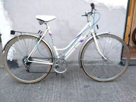 Ladies town hybrid bike Emmelle Topaz 5 classic Bristol Upcycles o
