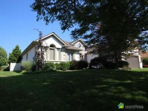 $439,900 - Bungalow for sale in Corunna