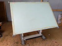 High quality vintage A0 drawing board, with fully adjustable metal stand and parallel motion