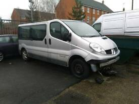 2009 RENAULT TRAIFIC/VIVARO MINIBUS - 9 SEATS - SPARES OR REPAIR