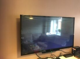 Sony Television+Bracket+ Sony CD/DVD player+cable for sale