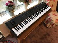 Kurzweil SP4-7 Keyboard/Stage Piano INCLUDING 34 months of warranty