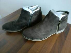 Women's Brown Boots - Size 42
