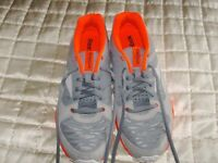 1 Brand new (Never worn) pair of ladies reebok trainers for sale in orange and grey in a size 8
