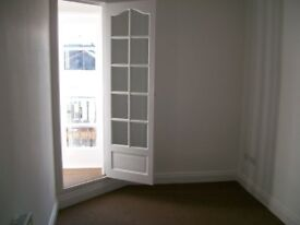 Double Room in a Shared House, Bedford Place, Available NOW