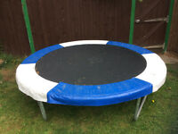 Trampoline 8Ft USED but Excellent condition