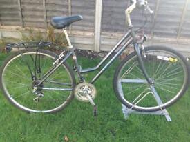 "Ladies 19""inch Frame Raleigh capital hybrid road bike £75.00"