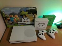 Xbox One S (500gb) with Minecraft, Official Headset and Extra Controller