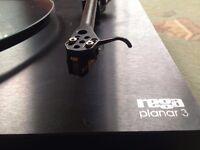 Rega Planar 3 Turntable / Record Player. Excellent Condition.