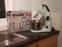 Breville Multifunction mixer, baking tin and scale