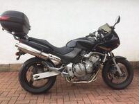 Honda CB 600s hornet 2002 years MOT new tyres and more good history